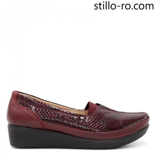 Pantofi de dama din piele bordo cu stampa pe platforma - 29169