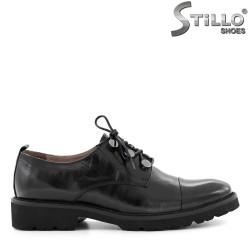 Pantofi de damă cu șireturi, din piele naturală neagră - 29276