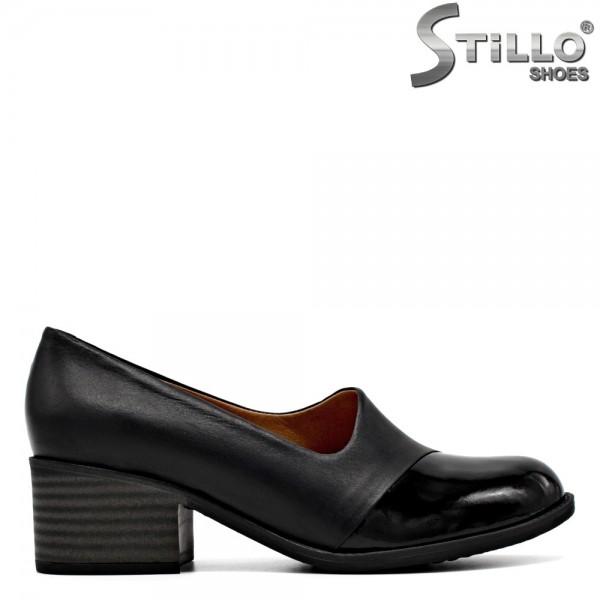 Pantofi de dama din piele naturala si lac negru - 29580