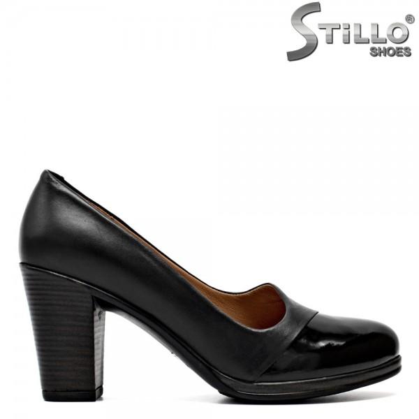 Pantofi de dama din lac negru si piele cu toc gros - 29586