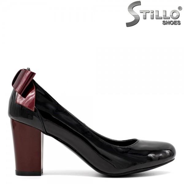 Pantofi de dama din lac de culoare negru si bordo incepand de la marimea 33 -30063