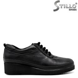 Pantofi de dama  din piele pe platforma joasa - 30112