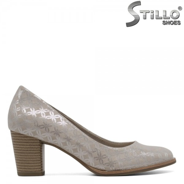 Pantofi de culoare bej marca Marco Tozzi сu stampa argintie - 30117