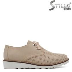 Pantofi de culoare bej marca Marco Tozzi сu sireturi din saten - 30120