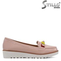 Pantofi din lac de culoare roz pe platforma mica- 30136