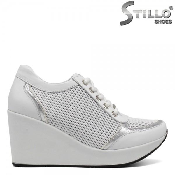 Pantofi tip sport din piele de culoare alb cu sireturi - 30168