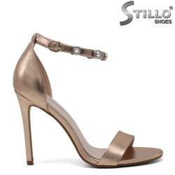 Sandale pentru absolvente cu pietricele pe langa glezna - 30226