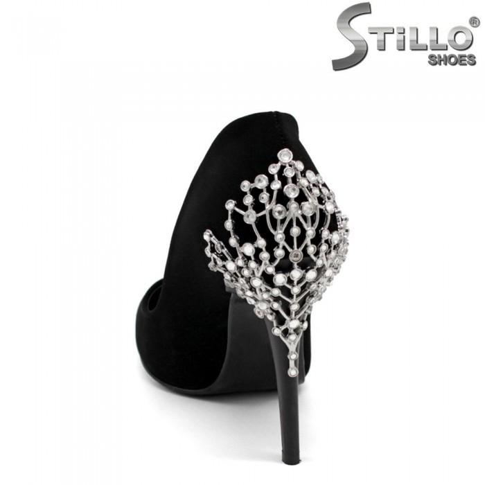 Pantofi eleganti cu pietricele la calcai - 30247