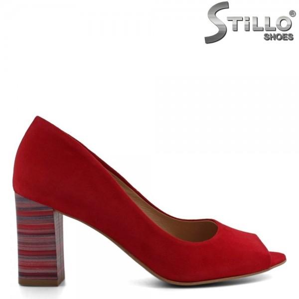 Pantofi din velur de culoare rosu cu toc gros - 30250