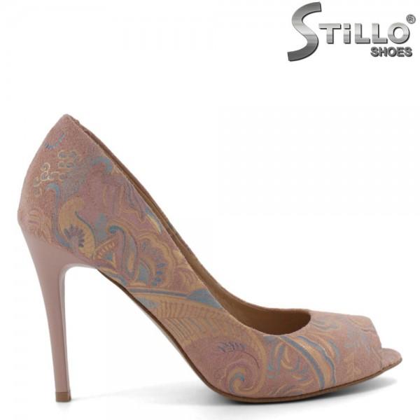 Pantofi decupati in partea din fata de culoare roz si cu toc - 30272