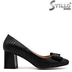 Pantofi din velur natural si stampa tip croco - 30299