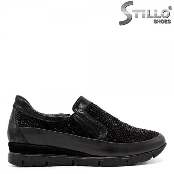 Pantofi tip sport cu pietricele - 30308