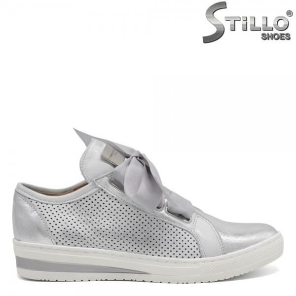 Pantofi moderni de culoare argintii cu sireturi din saten - 30331
