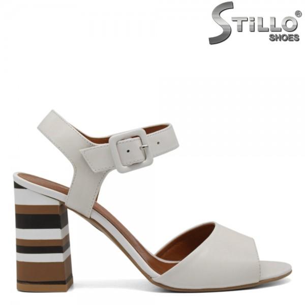 Sandale albe din piele naturala cu toc in dungi - 30369