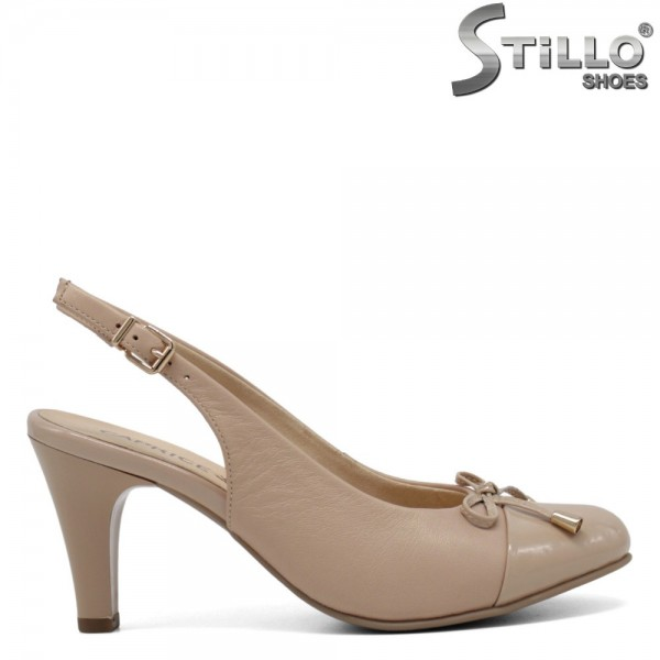 Pantofi Caprice de culoare bej cu funda si toc inalt - 30370