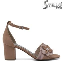 Sandale din velur de culoare bej model  MARCO TOZZI cu toc mijlociu - 30378