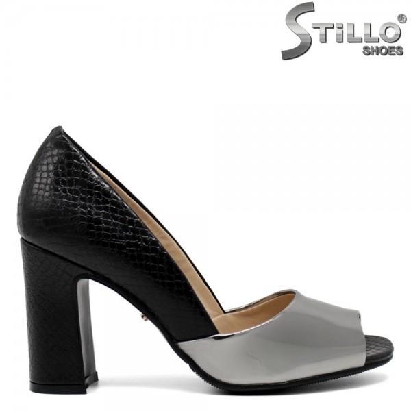 Pantofi din piele sarpe cu desen - 30395