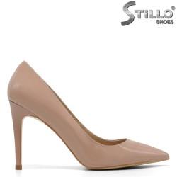 Pantofi cu toc inalt de culoare bej inchis incepand de la Nr 33 -30404