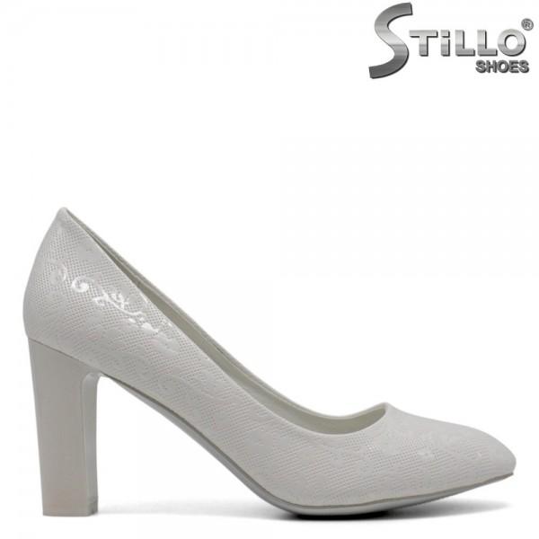 Pantofi mireasa de culoare alb cu toc inalt - 30410