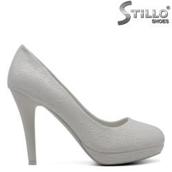 Pantofi pentru mireasa de culoare alb cu toc inalt - 30415