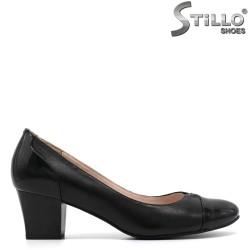 Pantofi din piele cu toc mijlociu - 30418