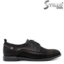 Pantofi din nabuc de culoare negru cu pietricele si sireturi - 30436