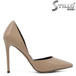 Pantofi de dama de culoare bej cu varf ascutit - 30440