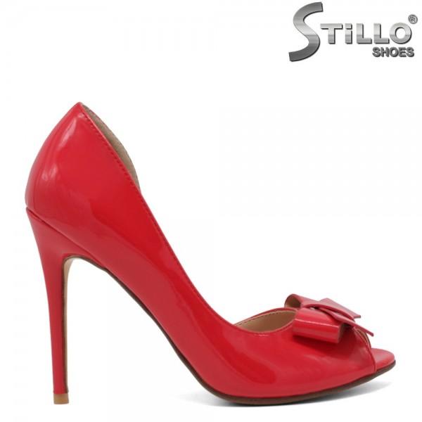 Pantofi dama de culoare coral cu partea din fata decupata - 30484