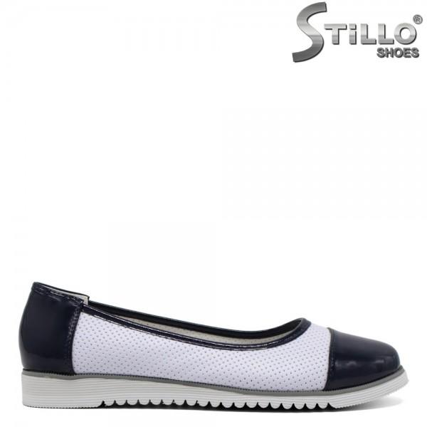Pantofi albi cu perforatie - 30532
