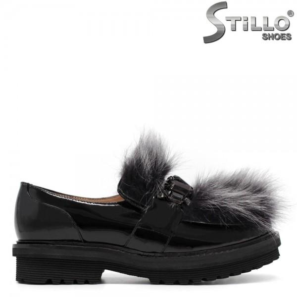 Pantofi din lac cu puf pe toc mic - 30541
