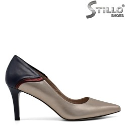 Pantofi cu varf ascutit de culoare albastru auriu - 30542