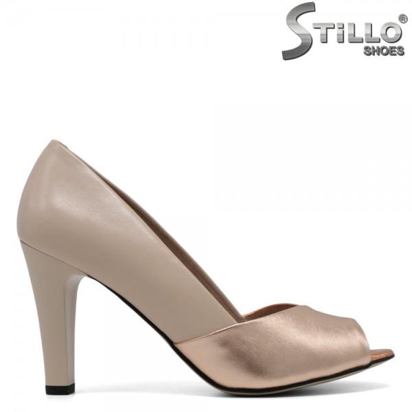 Pantofi decupati in partea din fata din piele naturala si cu toc inalt - 30546