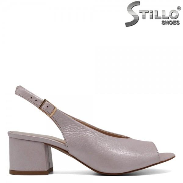 Sandale roz sidefat cu toc mijlociu - 30555