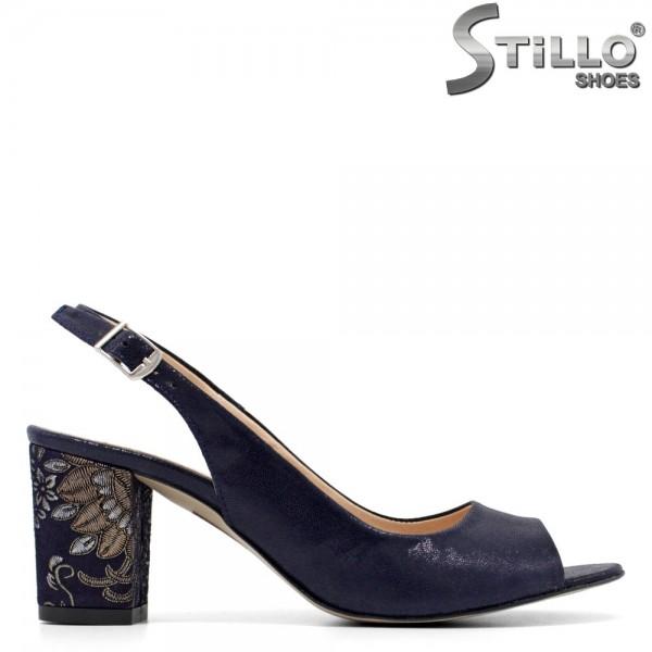 Sandale albastre cu toc si cu flori - 30559