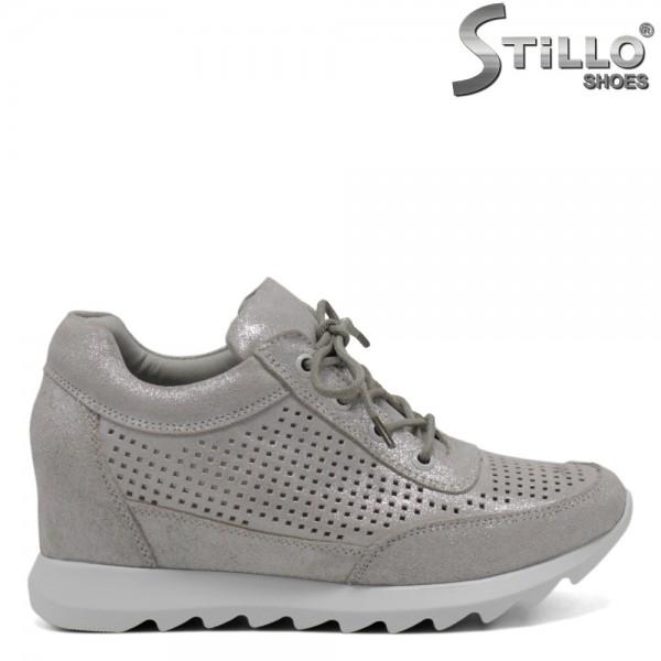 Pantofi argintii cu perforatie si sireturi - 30568