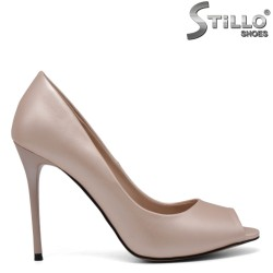 Pantofi roz perlat decupati in partea din fata - 30573