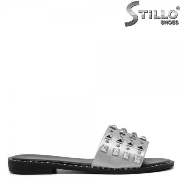 Papuci argintii toc mic cu rapide si pietricele - 30659