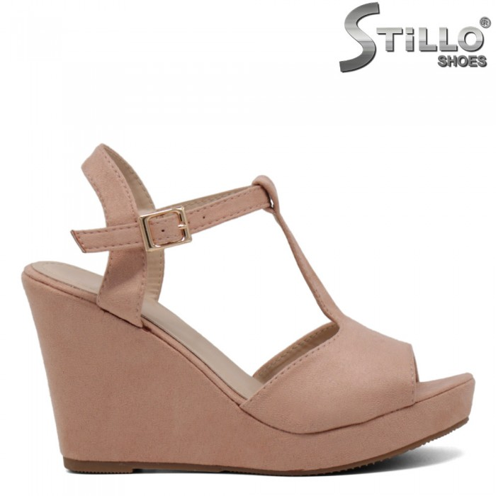 Sandale velur roz cu platforma inalta - 30683