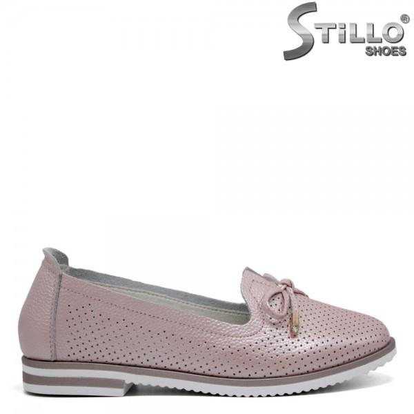 Pantofi roz cu funda si cu perforatie - 31115