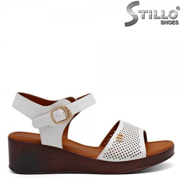 Sandale albe cu platforma - 31128