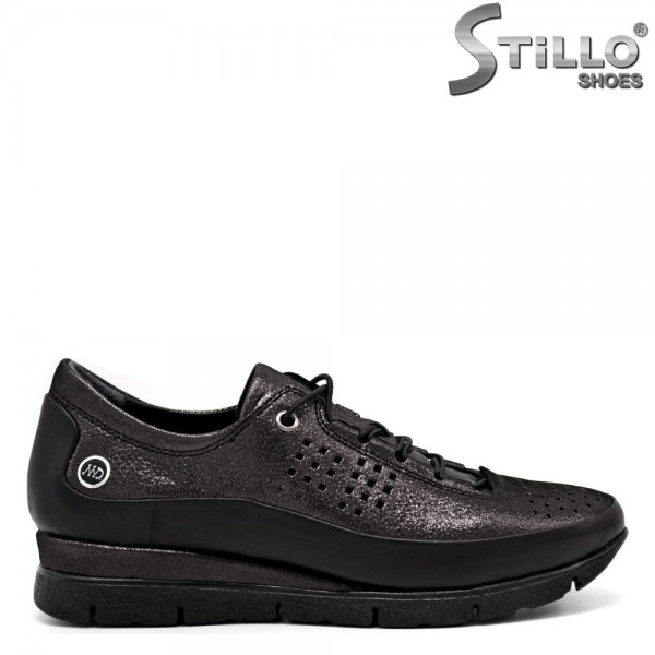 Pantofi dama tip sport cu sireturi si perforatie - 32376