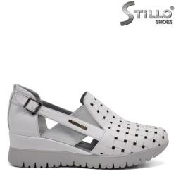 Pantofi dama tip sport din piele naturala-32383
