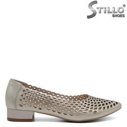 Pantofi dama din piele naturala cu toc jos - 32448