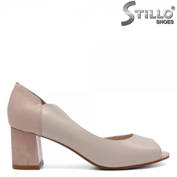 Pantofi dama de culoare bej cu toc mijlociu - 32516