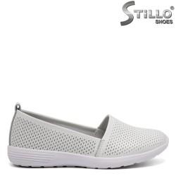Pantofi dama cu perforatie din piele naturala - 32560