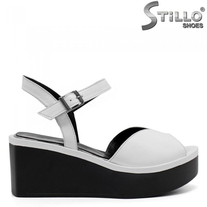 Sandale dama de culoare alb pe paltforma  - 32767