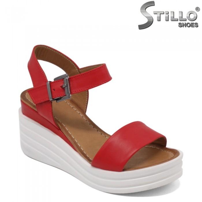 Sandale dama de culoare rosii pe platforma - 32770
