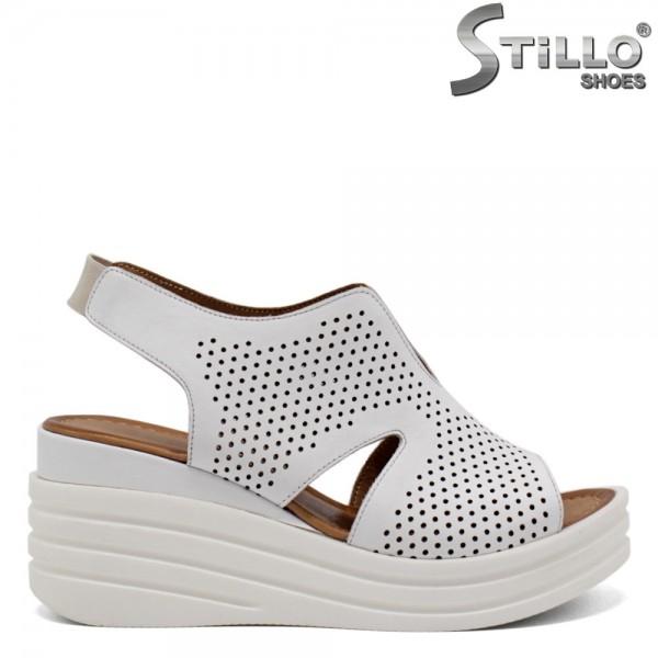 Sandale dama cu perforatie pe platforma - 32788
