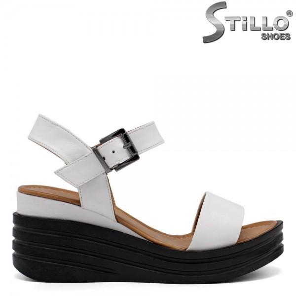 Sandale dama de culoare alb pe platforma - 32790
