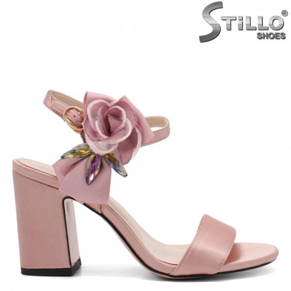 Sandale dama de culoare roz din saten - 32804